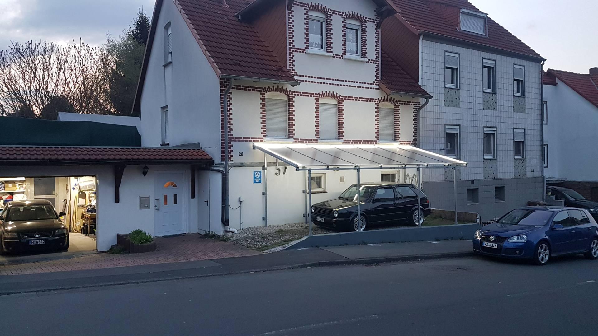 Carport_Aufbau_F02.jpg